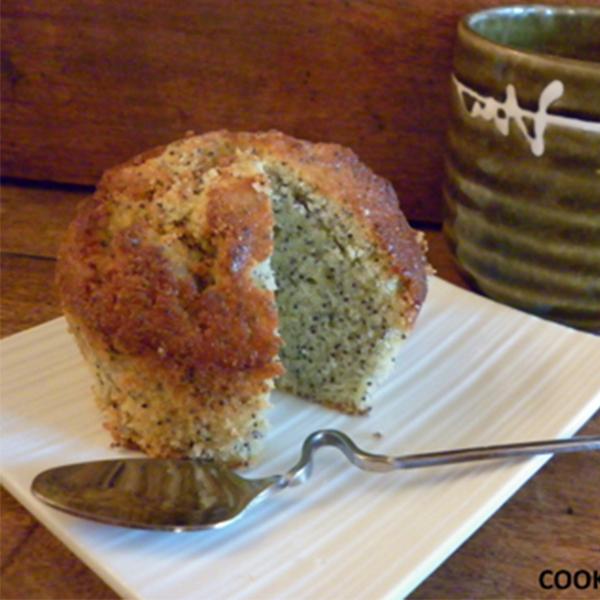Gâteau au citron, graines de pavot et de tournesol