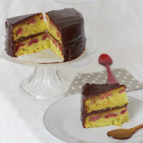 Layer cake petits pois et framboises