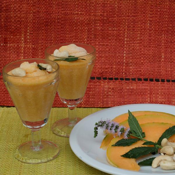 Sorbet crémeux de melon à la menthe et aux noix de cajou