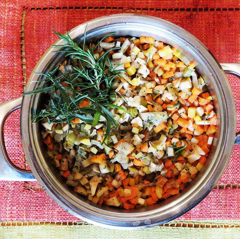 Cocotte de légumes racines aux châtaignes