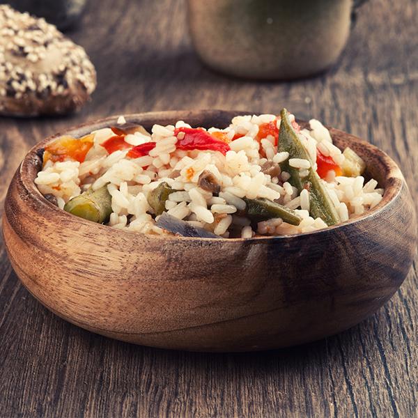 Salade au riz rouge