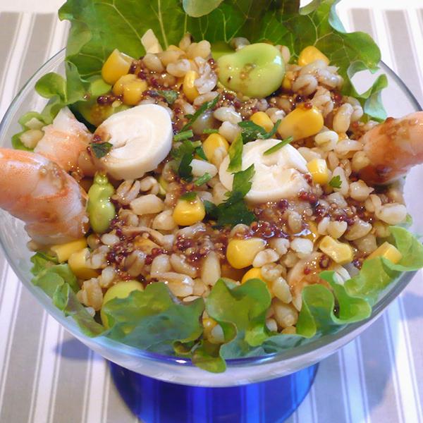 Salade de blé aux crevettes et fèves vertes