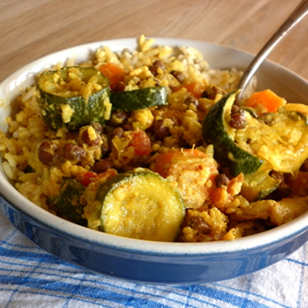 Curry de légumes et haricots azukis au lait de coco