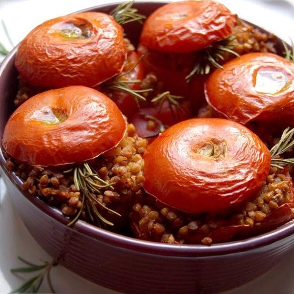 Sarrasin grillé (kasha) à la tomate et au romarin