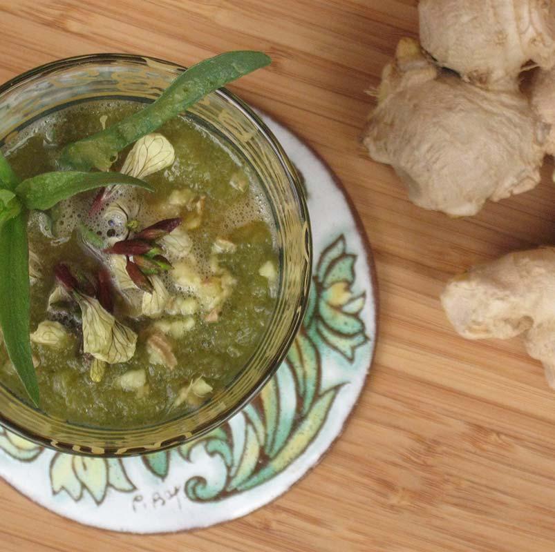 Soupe aux flocons d'avoine, panais et poireaux à l'estragon