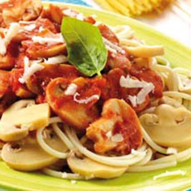Spaghetti sauce tomate et champignons