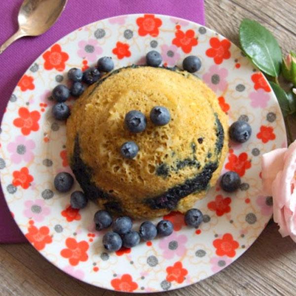 Bowl cake myrtilles pomme