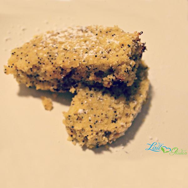Cake aux amandes, polenta et graines de pavot