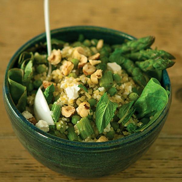Salade de boulgour, petits pois, asperge, menthe et feta